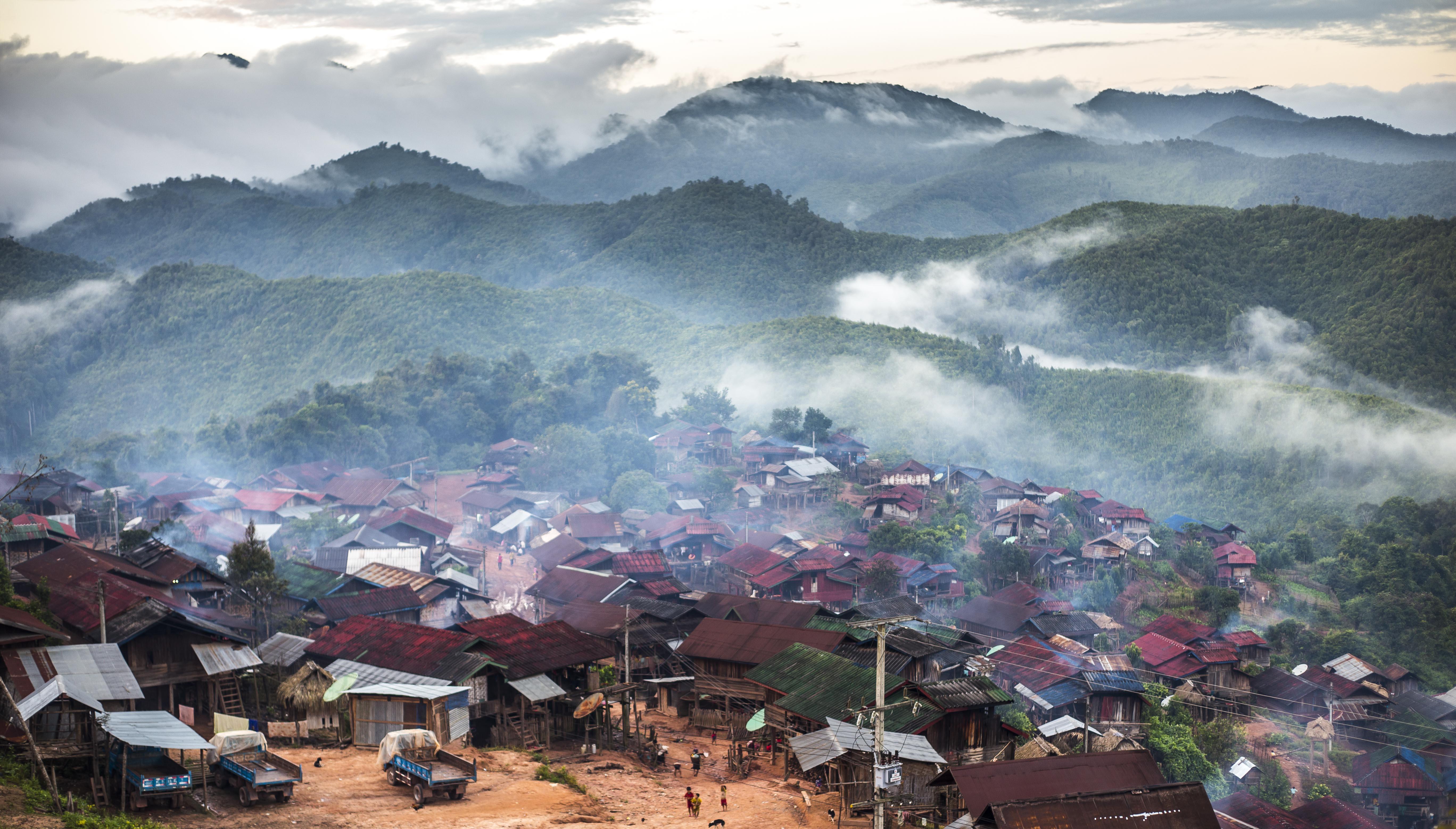 Les Akhas du Laos