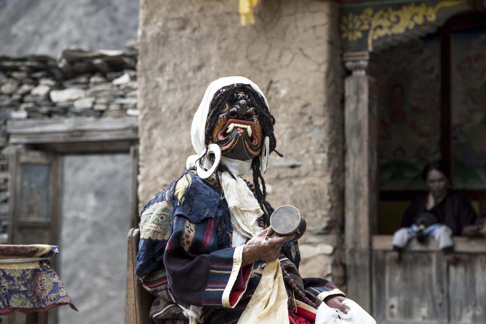 tirage photo festival bouddhiste chez les tsumbas du nepal