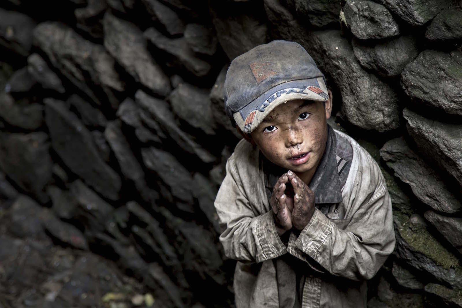 tirage photo namaste chez les tsumbas du nepal