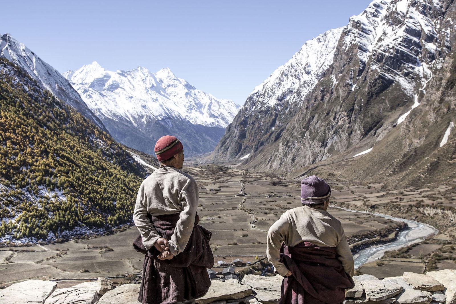 tirage photo vallee bonheur chez les tsumbas du nepal